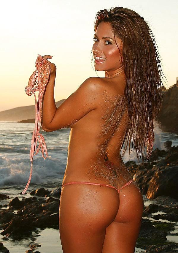 Jessica burciaga naked tanning — photo 12