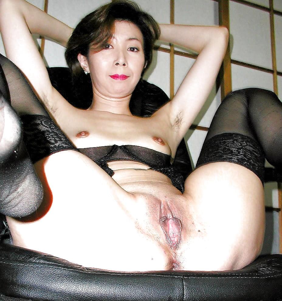 японские пожилые бляди очень просто,единицы женщин
