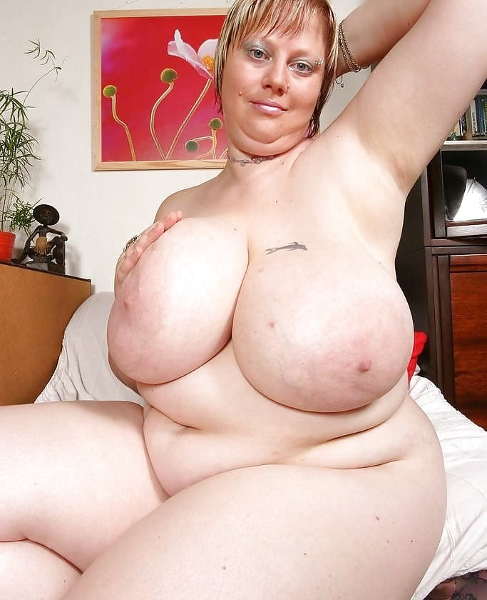 my-mommas-chubby-pinup