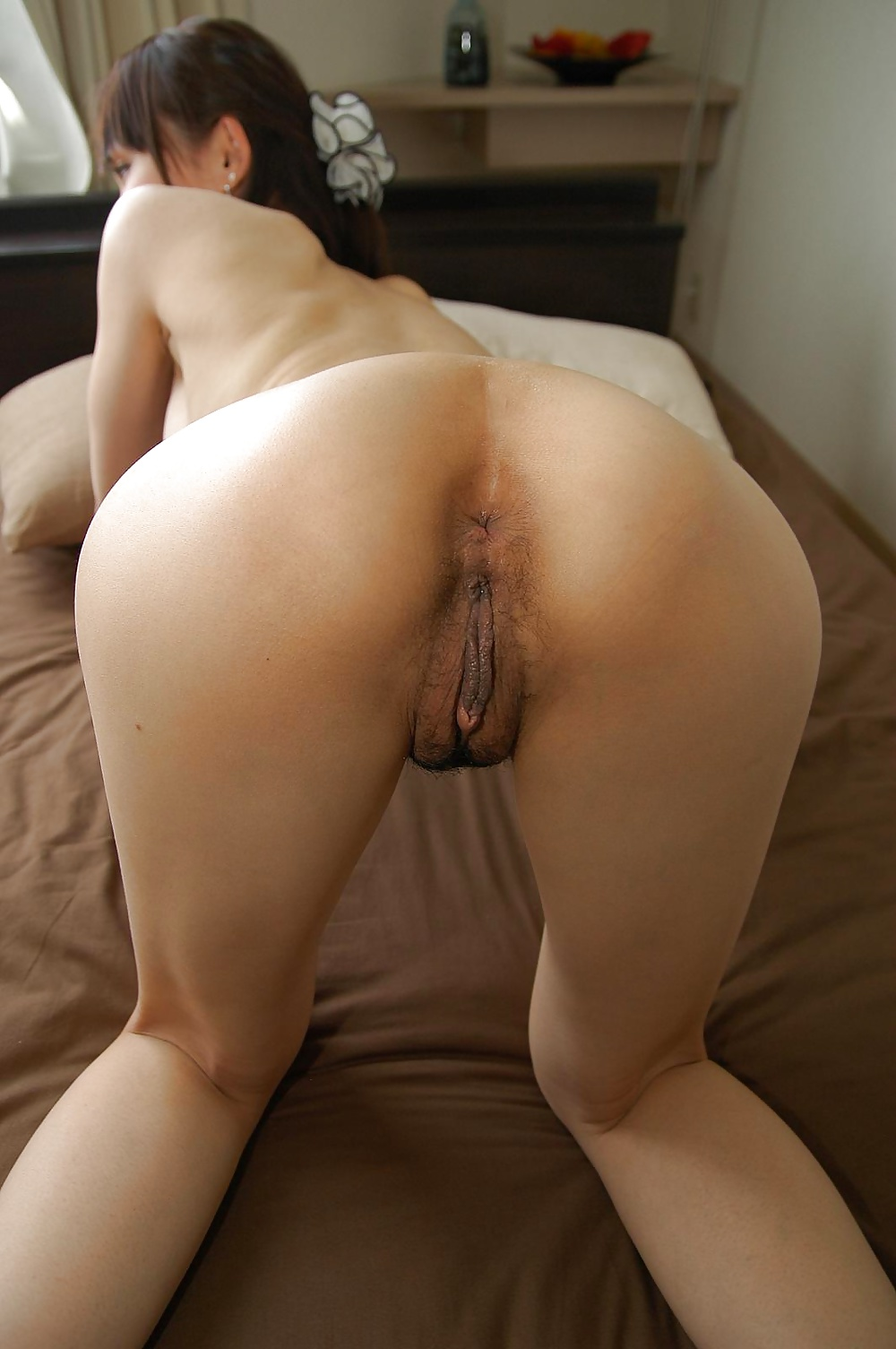 Amateur asian pussy licking