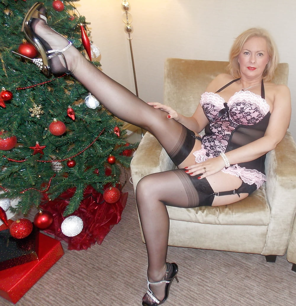Busty Mature Blonde Milf, Cleavage And Stocking Tops 3 -9319