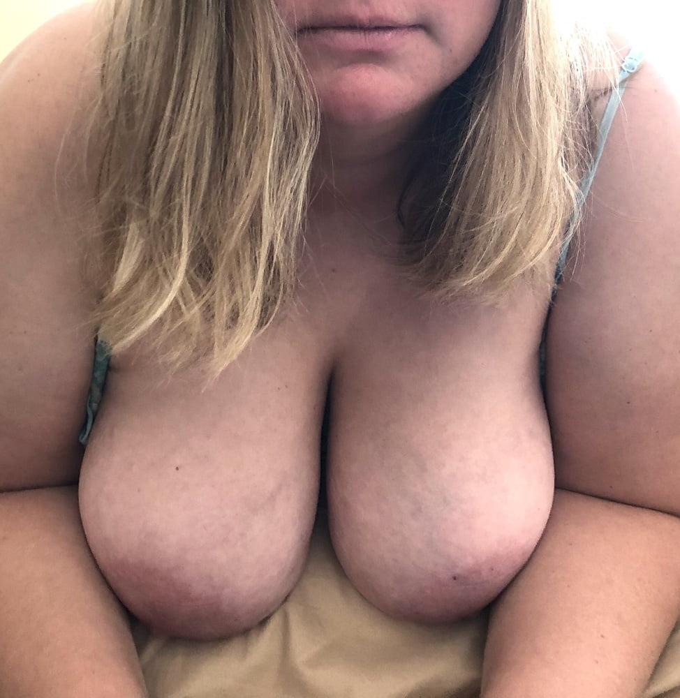 Big tit amateur blowjob cumshot compilation