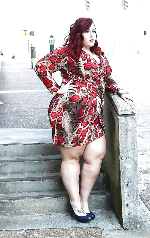 Bbw wife spread legs