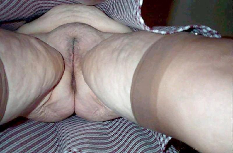 Fat upskirt pussy
