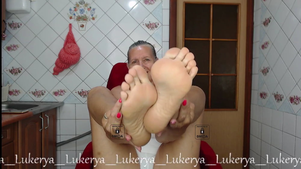 Lukerya's feet - 46 Pics