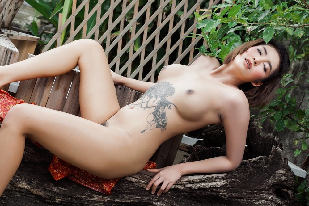 Mature thai women nude