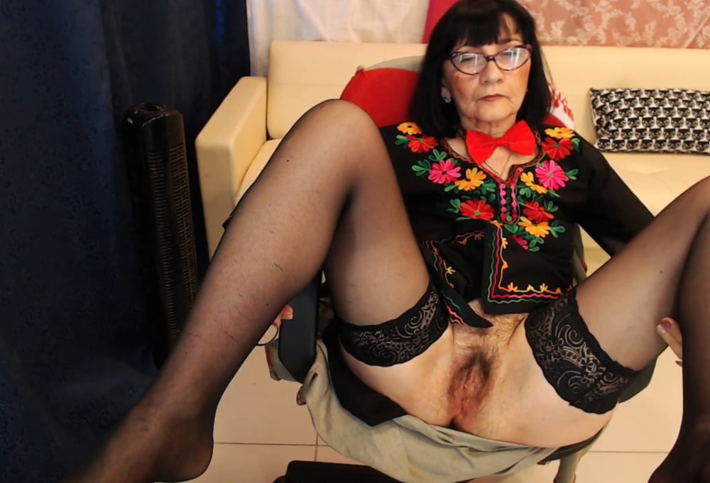 Granny Shaved Pussy Stockings