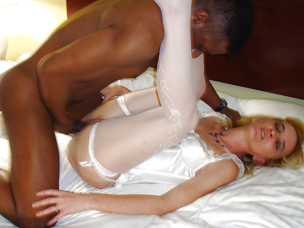 Fucking the maid while wife was away free pics