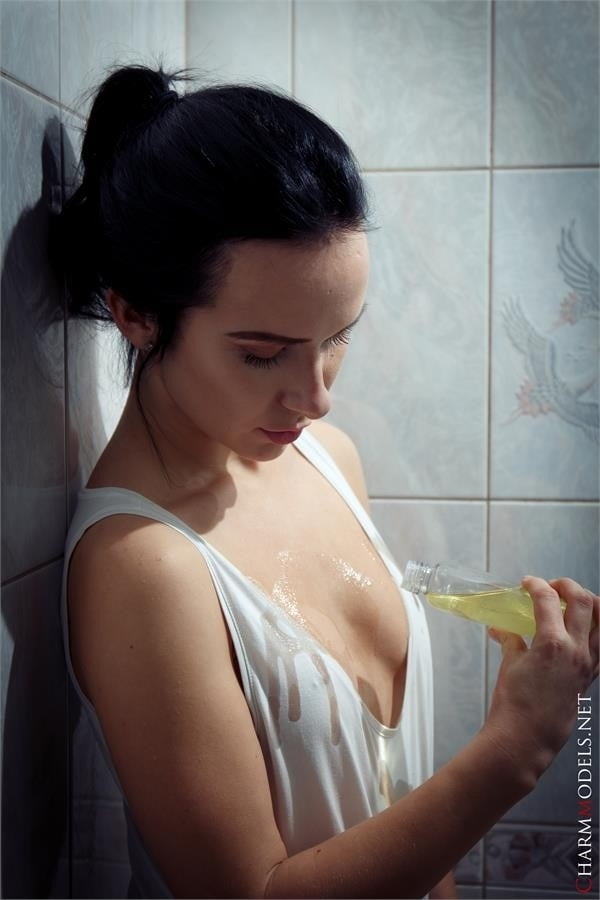 Natasha lot of oil in shower- 16
