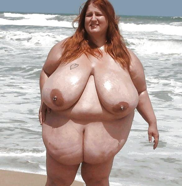 телочка фото на пляже толстые голые женщины служба доставки пока