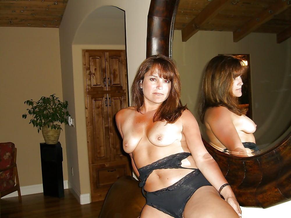 Сексуальные развлечения одиноких женщин 8
