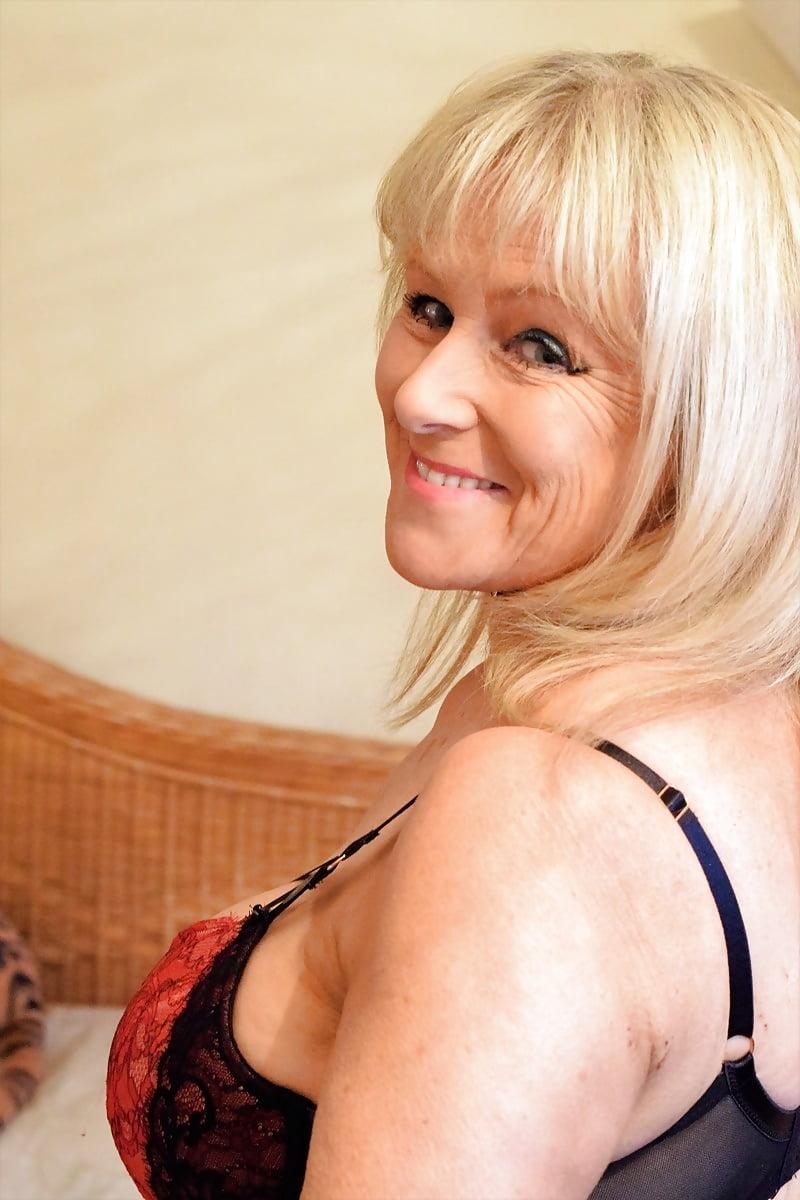 Hot Clip Claire forlani tits
