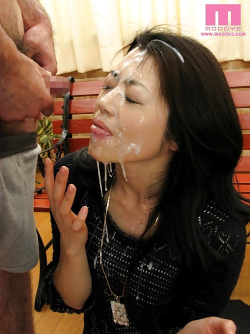 japanese-mature-cum-young-innocent-girl-gets-fucked