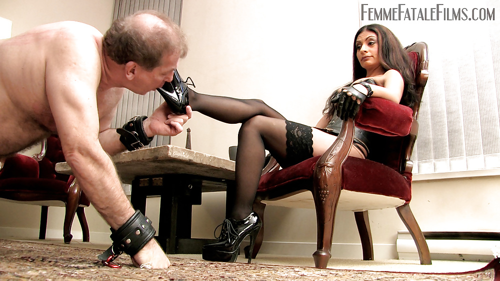 Femdom Riding Soft Bondage Girl Is Resting While There Celebgate 1