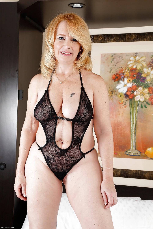 Sexy mature in underwear