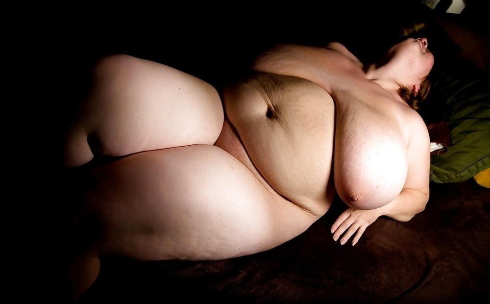 Chubby Women Galleries