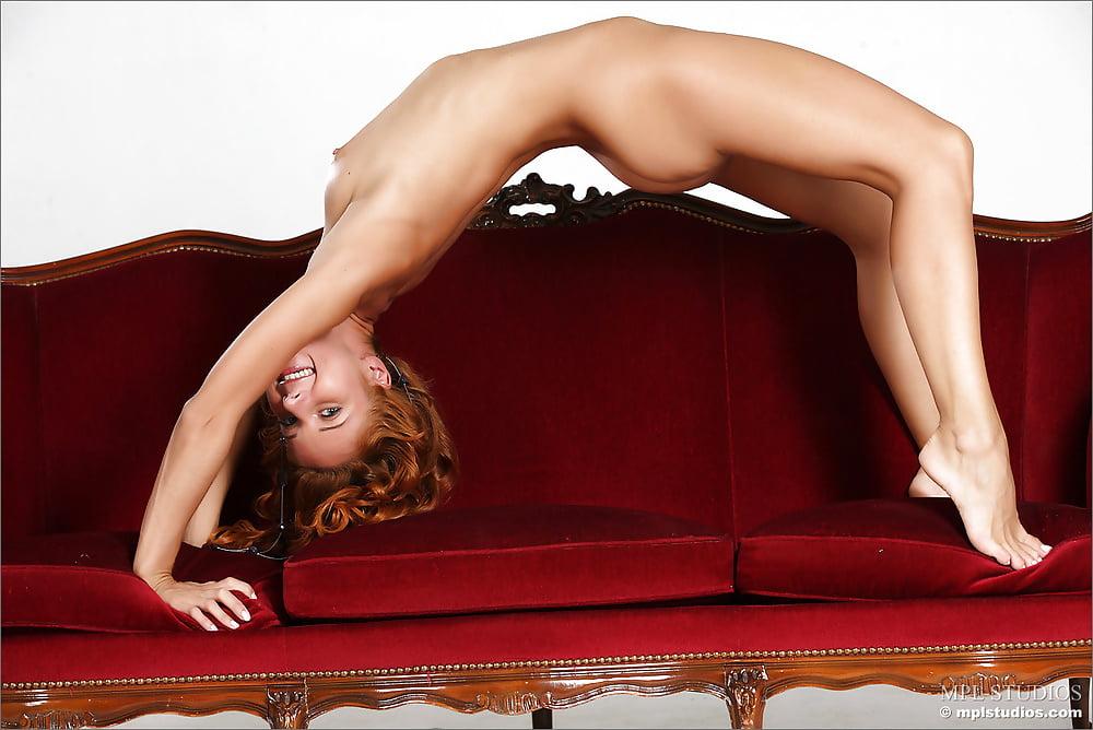Nude girl doing exercise-9399