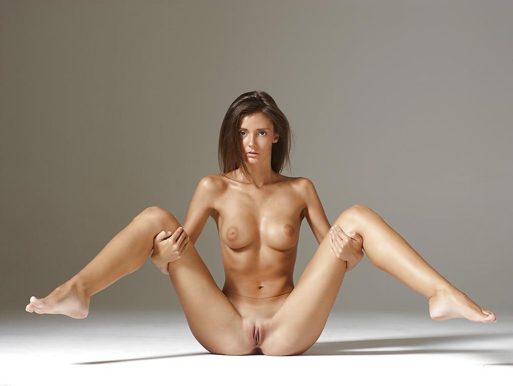 Melinda bam nude