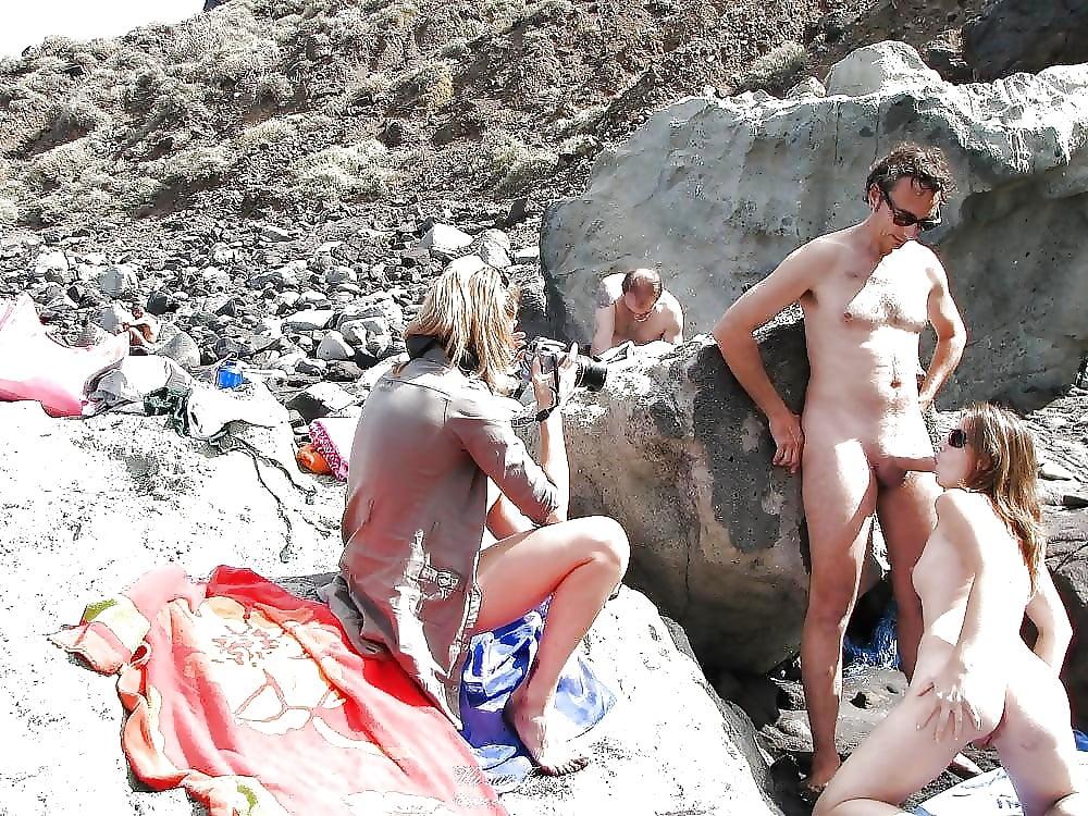 Porn on public beach-4014