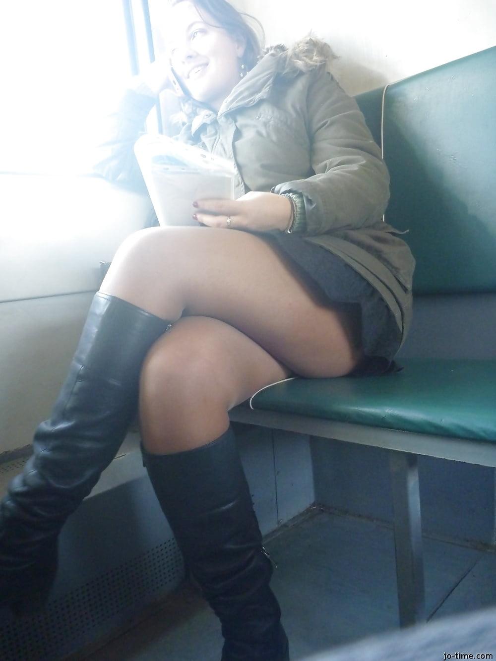 Под юбкой в колготках в транспорте #11
