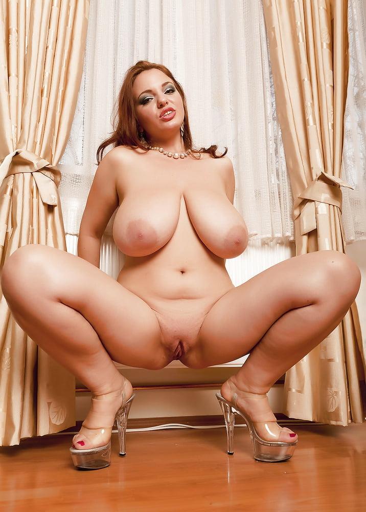 Big Tits Boobs Brunette Busty Curvy Czeck Heels Hot Legs Ftvhunter 1
