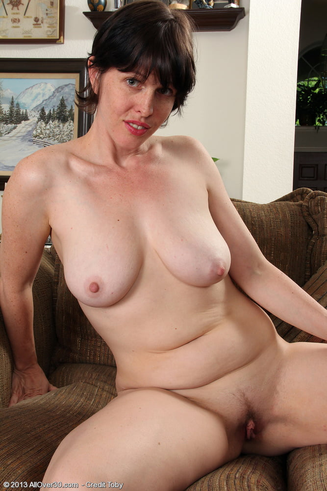 short-hair-housewives-nude-adult-aunt-free-judys-mature-site