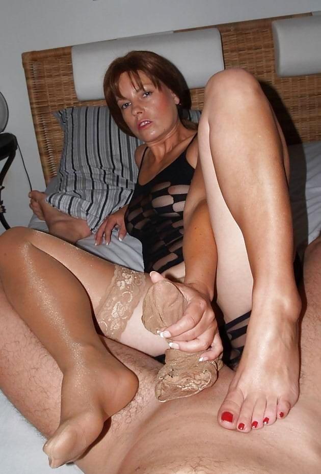 Milf Footjob In Tan Stockings - 14 Pics - Xhamstercom-9832