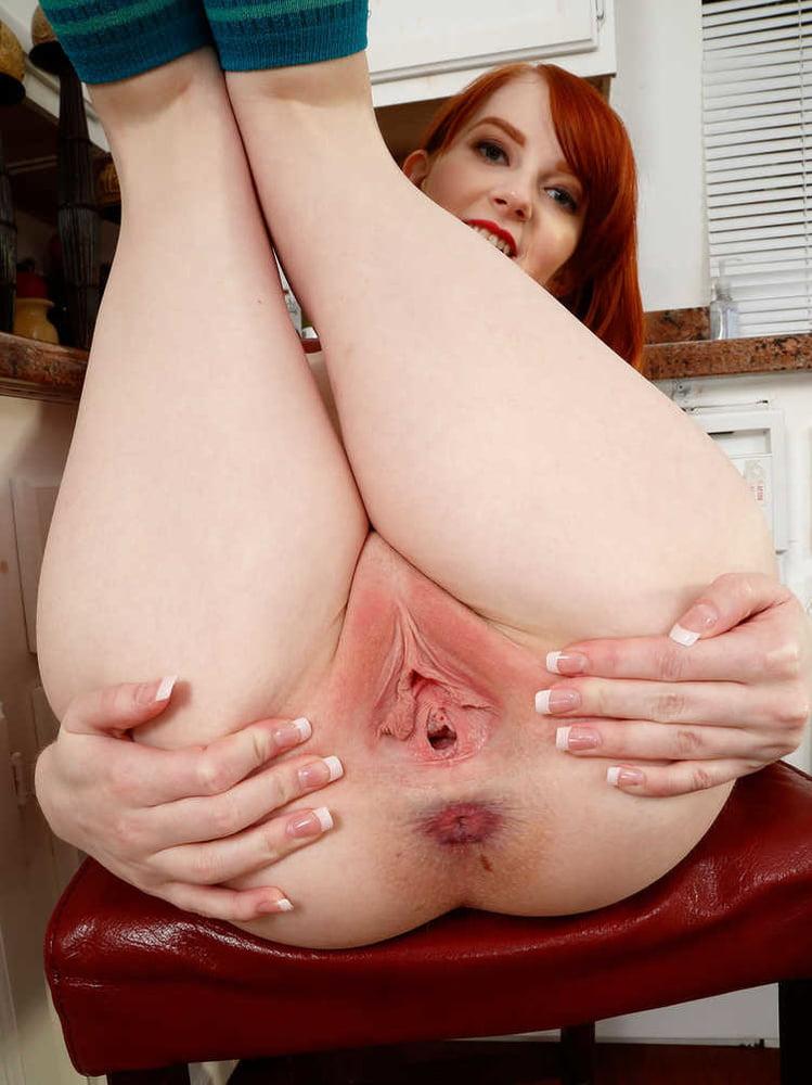 Redhead pussy licking pics