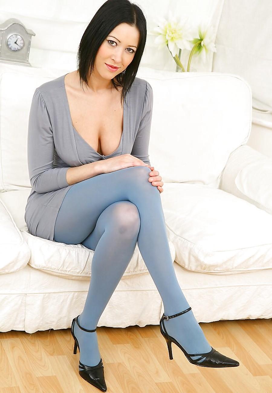 Sexy nude leggings