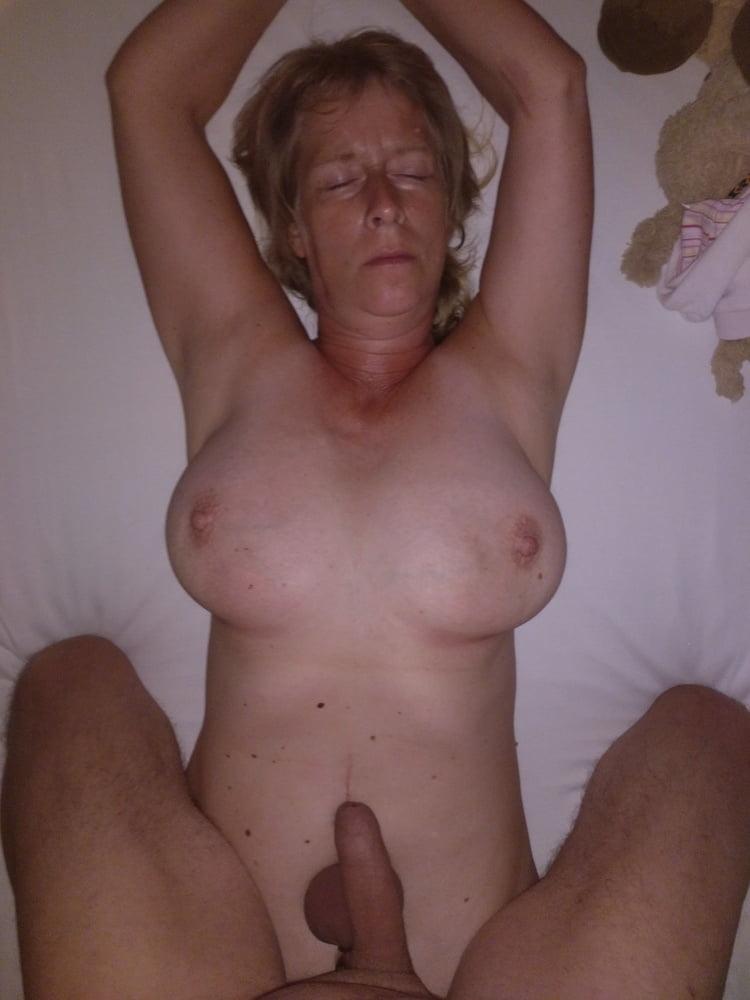 Nackt und mehr - 14 Pics