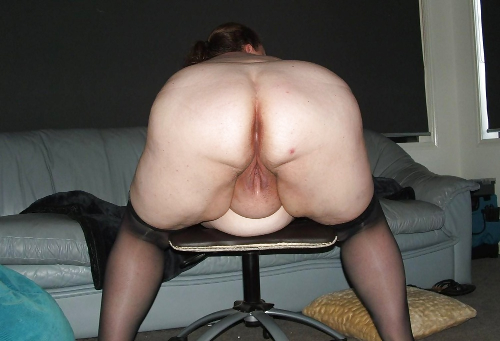 Ugly nude whores bent over — photo 5