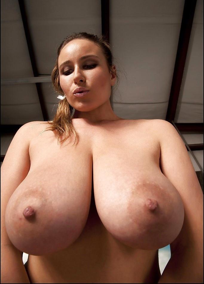 Смотреть только большие сиськи без тела, порно онлайн посетили французский бордель