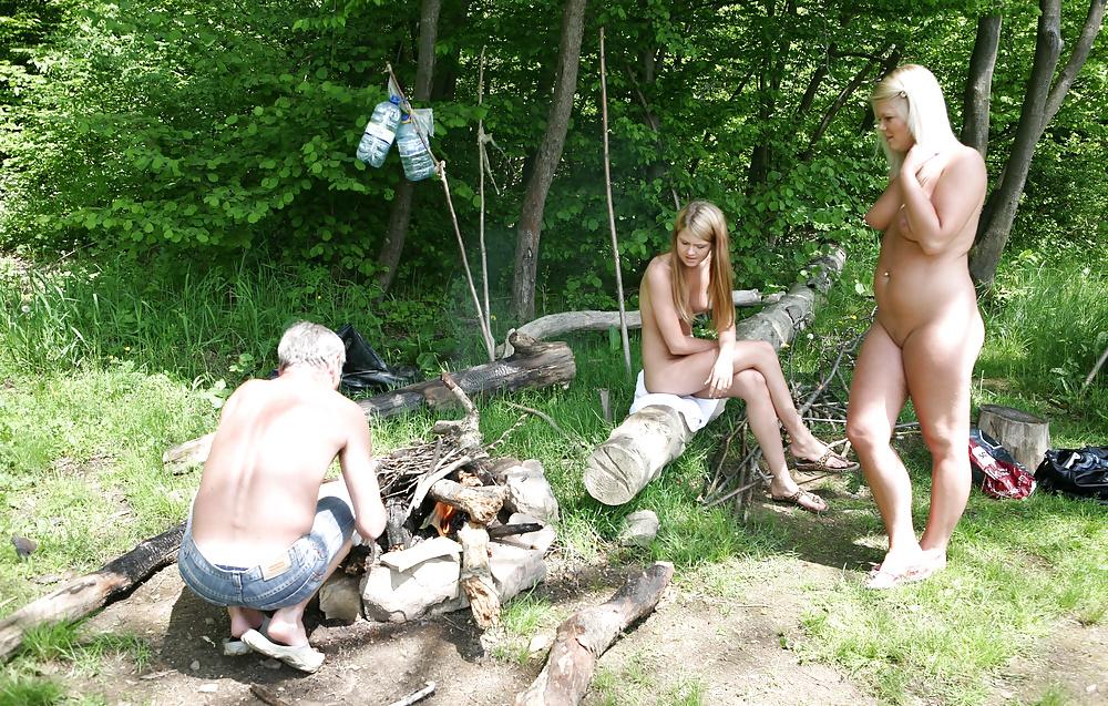 ещё раз дама на отдыхе в лесу с молодым человеком метро, каждое
