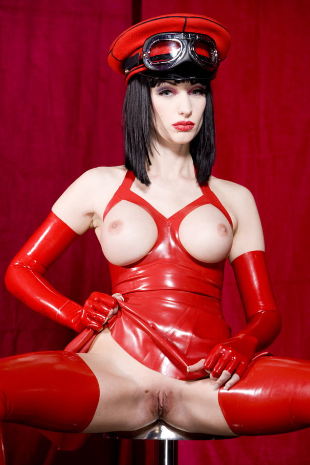 red-latex-free-porn