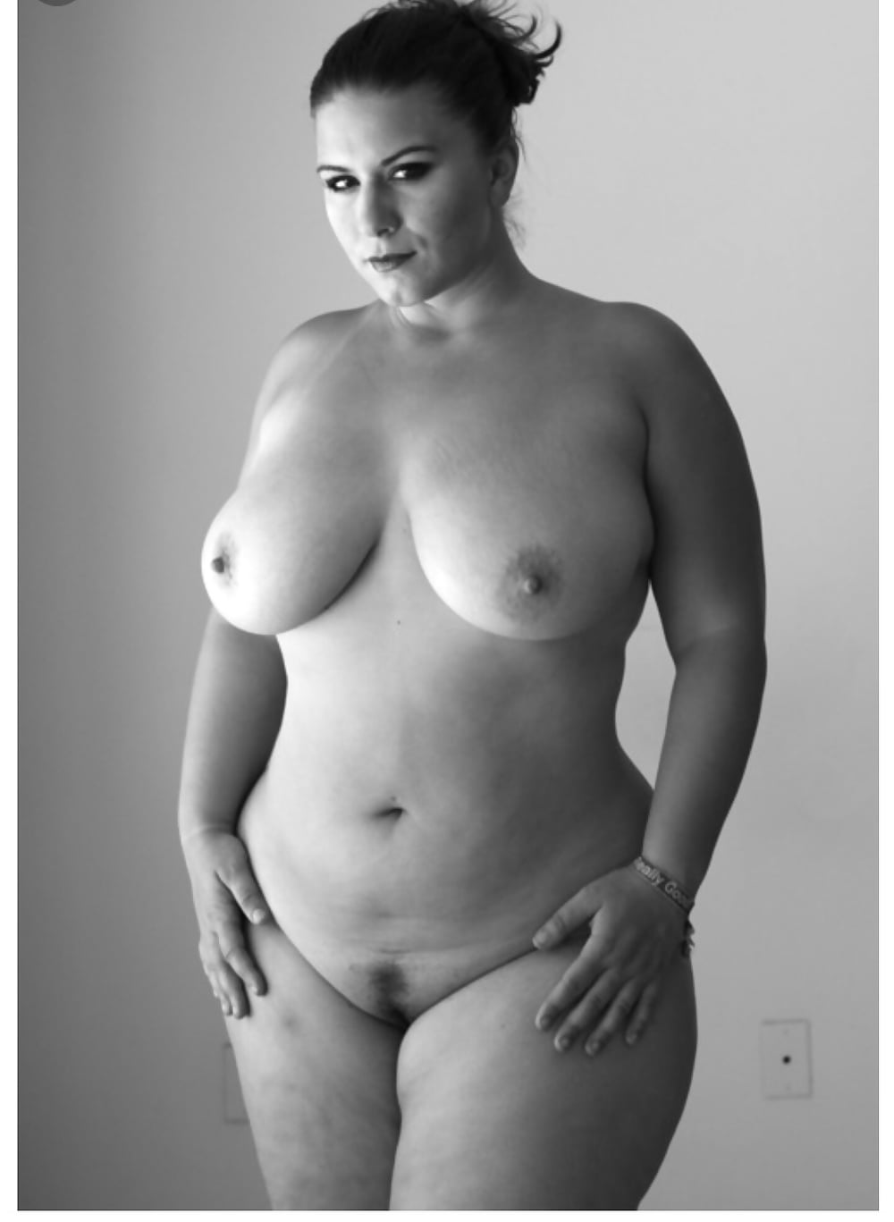 Plus size nude farm girls