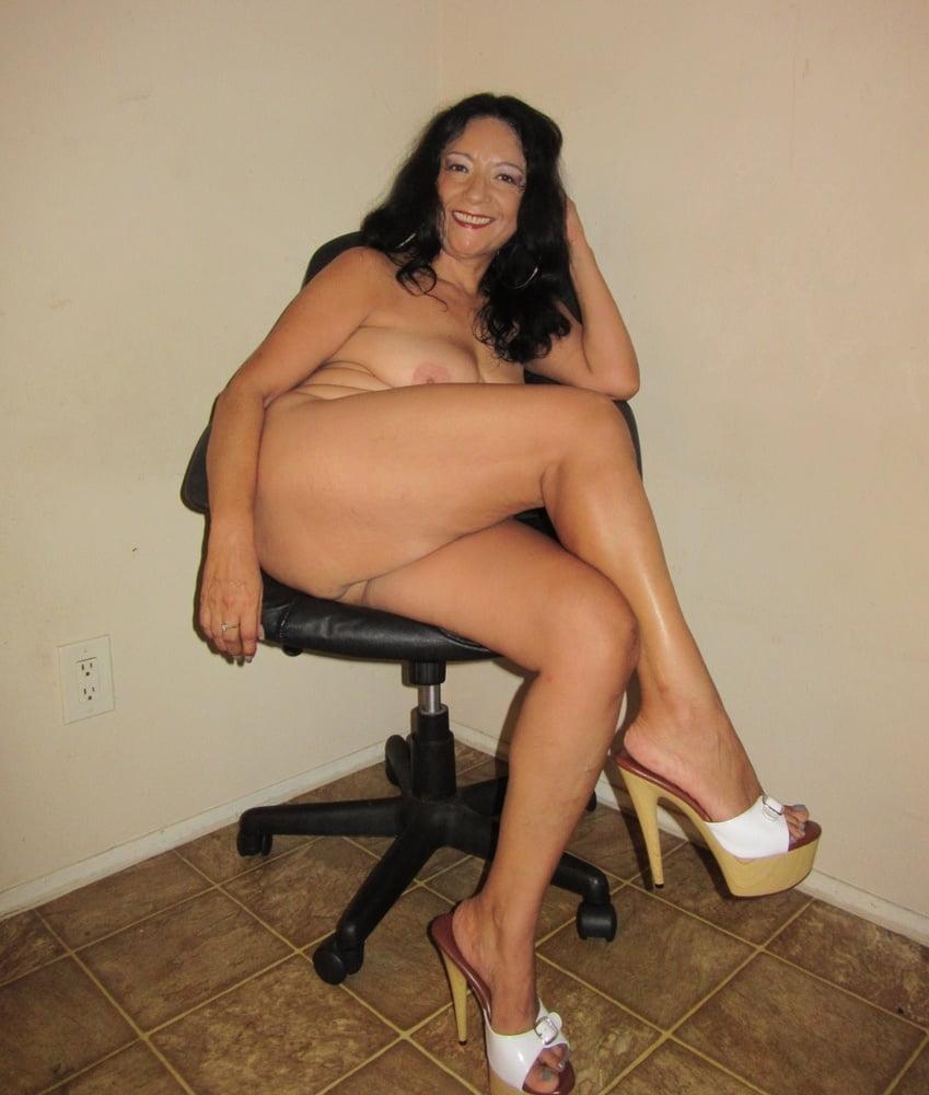 Slutty moms only wear heels