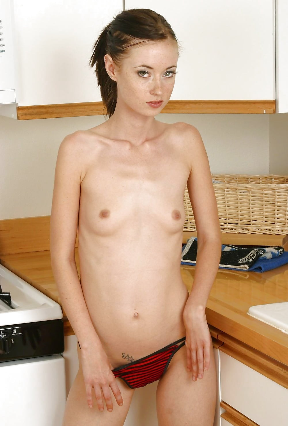 naked-slim-cuties-video