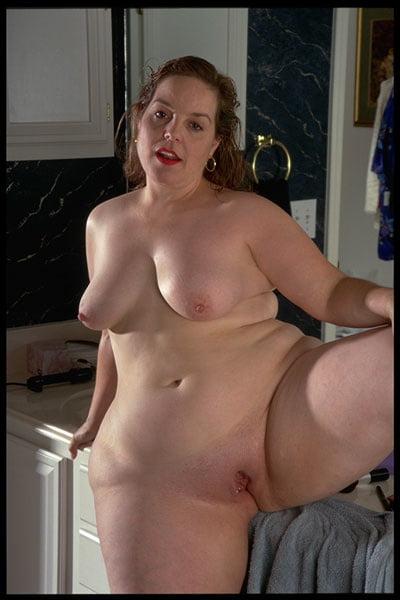 Видео брюнетками порно звезда лариса женщин возрасте