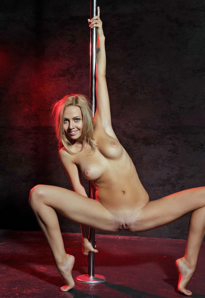 female-naked-stipper-on-pole-butt-ass-jewelry