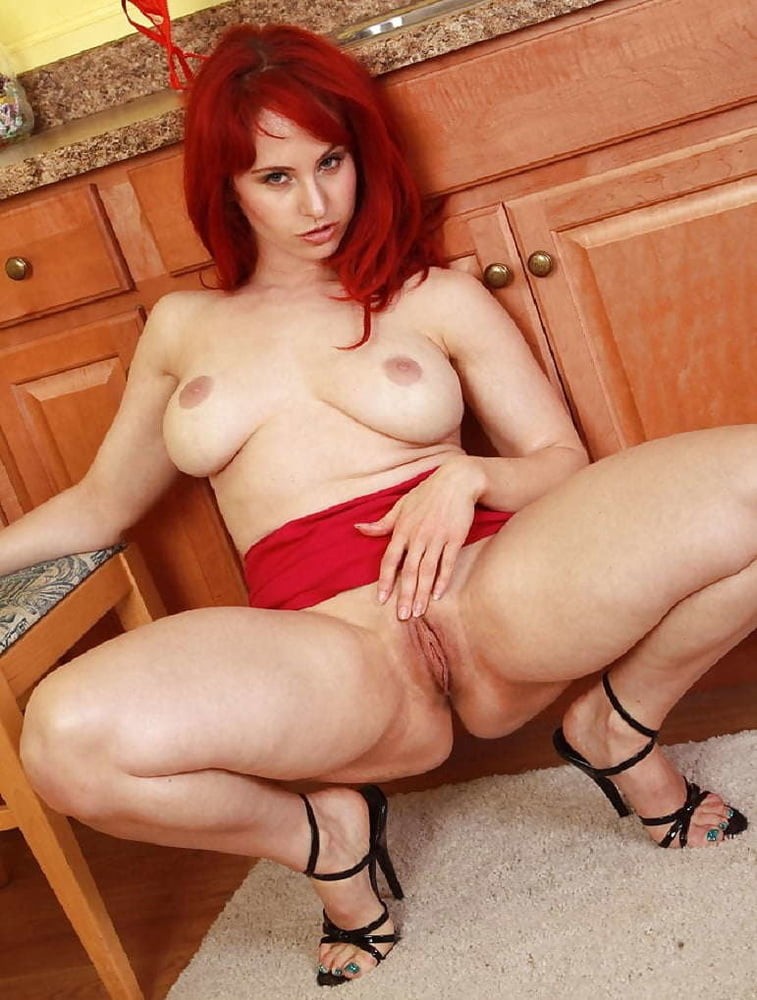 thick-legged-nude-redheads-hot-free-sexy-video