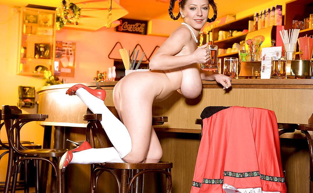busty-barmaid-ban-my-wife-likes-big-black-balls