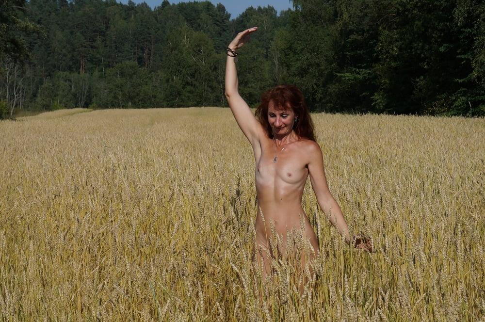 Sicilia enjoys outdoor masturbating - 2 part 6