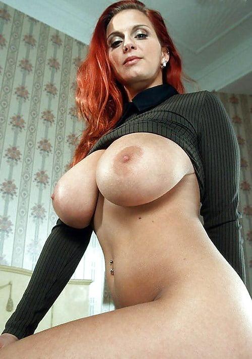 naked-women-sexy-milf-big-boobs-senga