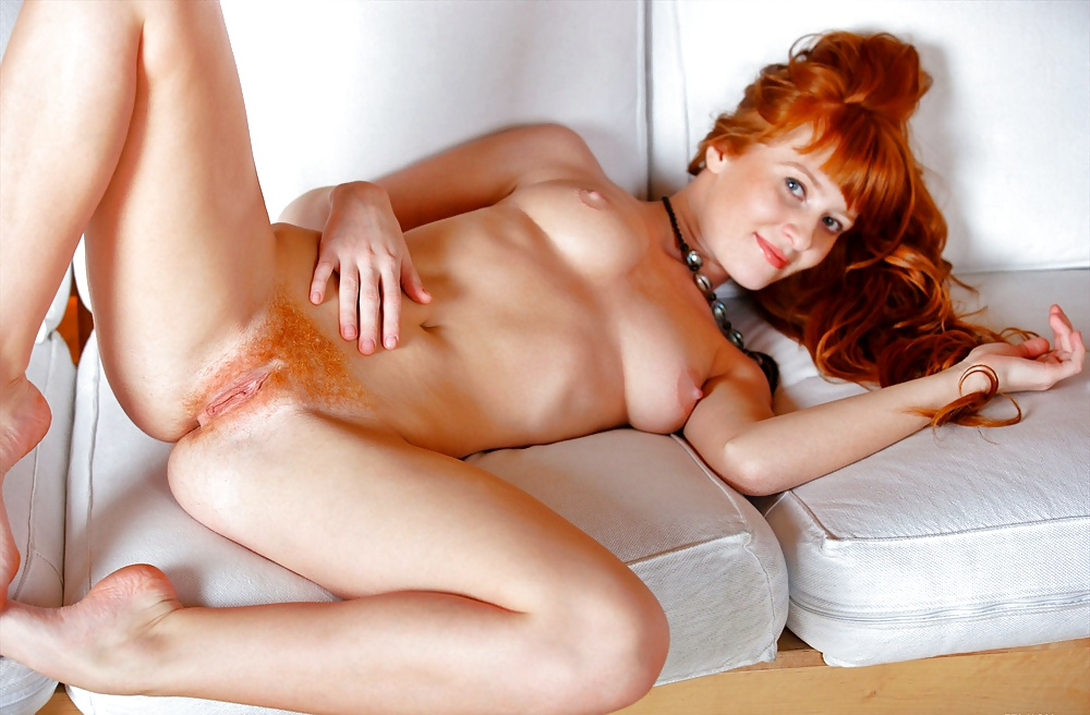 Redhot pussy nude
