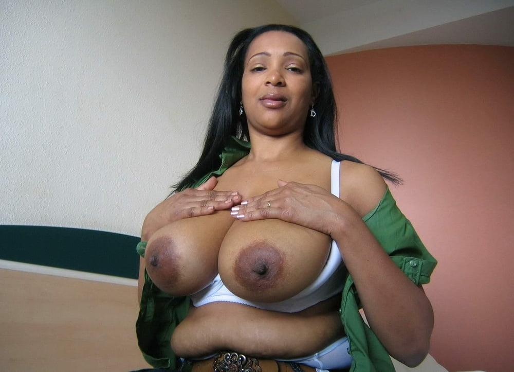 black-milfs-with-big-boobs