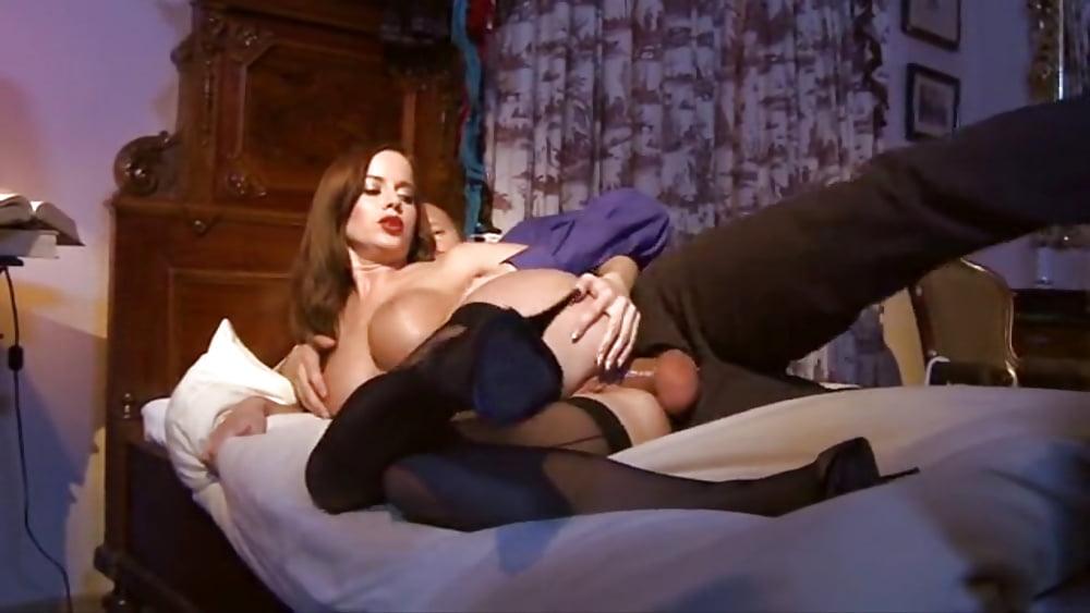смотреть эротический фильм моя любимая горничная - 1