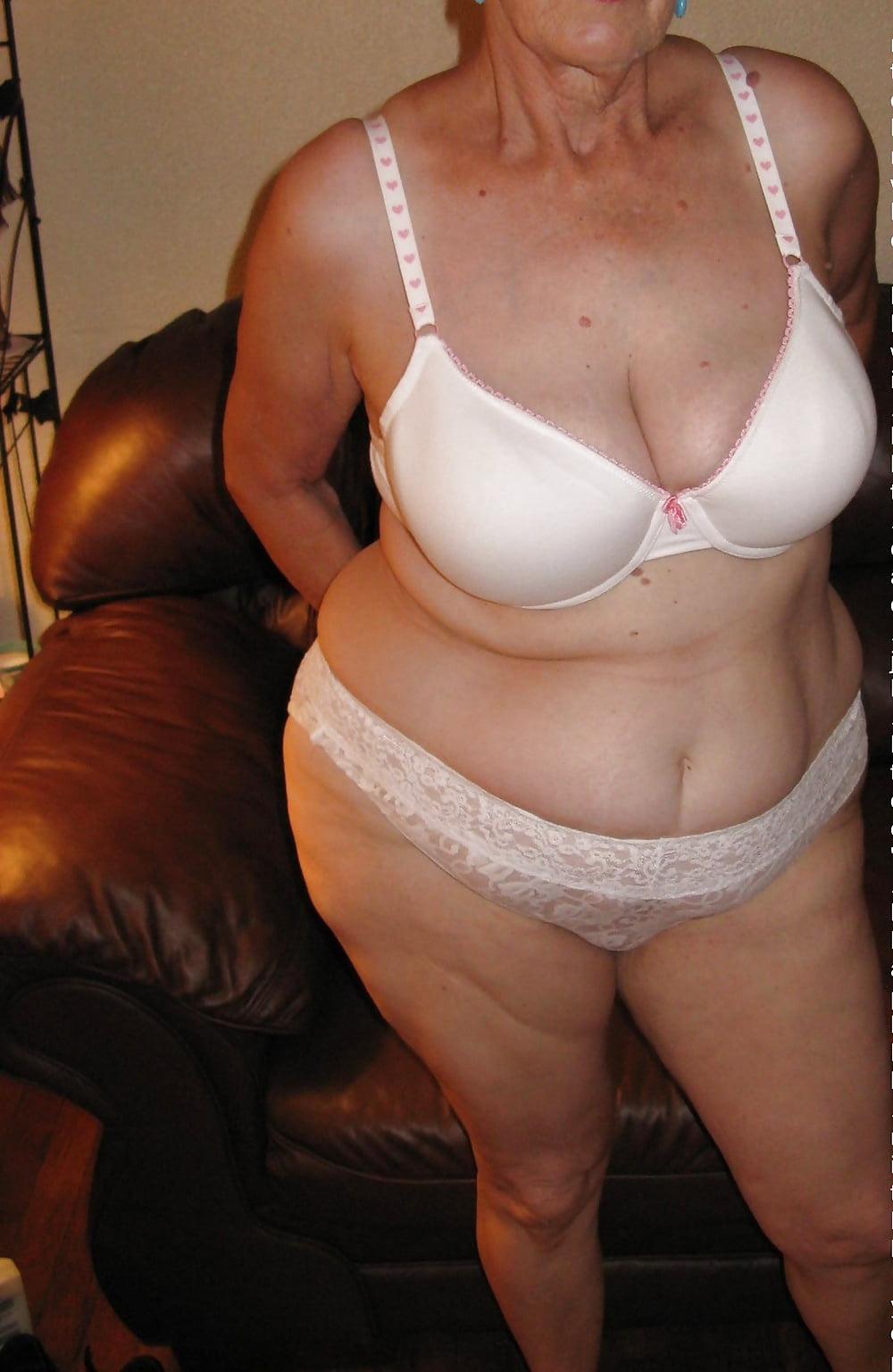 fat-granny-with-glasses-nude-korea-south