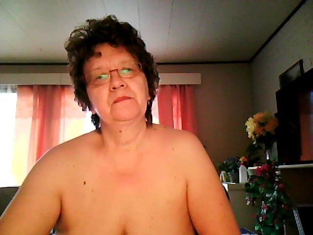 Hot sex in india Sex mom family strokes