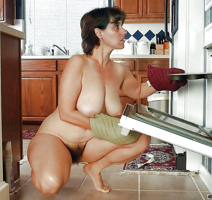 nude-son-and-mom-in-kitchen