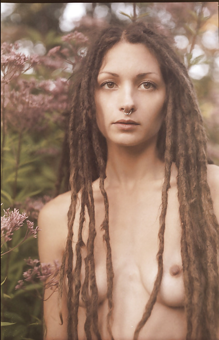 Naked bitchs with dreads #4